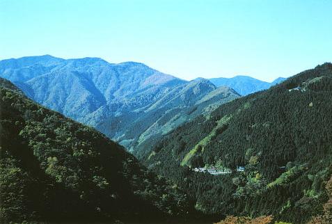 v shaped valley - photo #30